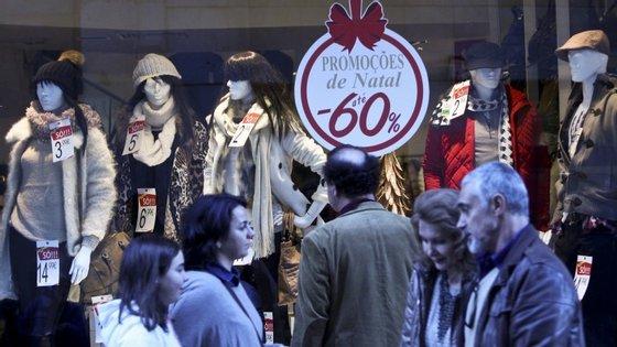 Entre 23 de novembro e 27 de dezembro, os portugueses gastaram 3.712 milhões de euros