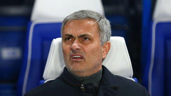 As 11 derrotas em 25 jogos esta época (nove delas no campeonato) não ajudaram o treinador português. O Chelsea está no 16.º lugar da Premier League, apenas com mais um ponto que os lugares que dão direito a descida de divisão