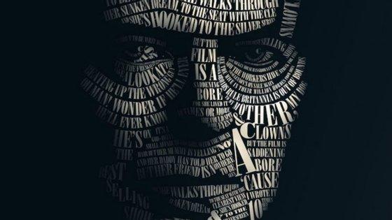 """""""Typeface"""" de Willem Rabe com as letras das canções de David Bowie gravados no rosto do artista"""