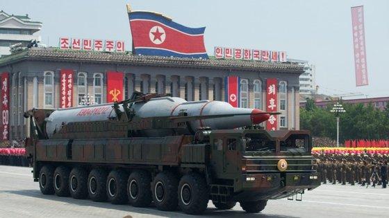 A bomba de hidrogénio pode ser suficientemente pequena para ser colocada num míssil
