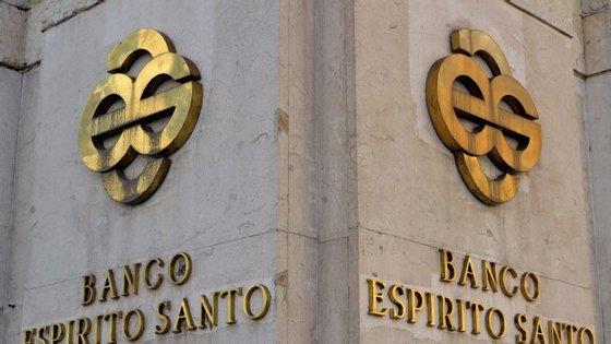O Banco Espírito Santo foi um dos quatro bancos que foram alvo das primeiras buscas da Operação Furacão