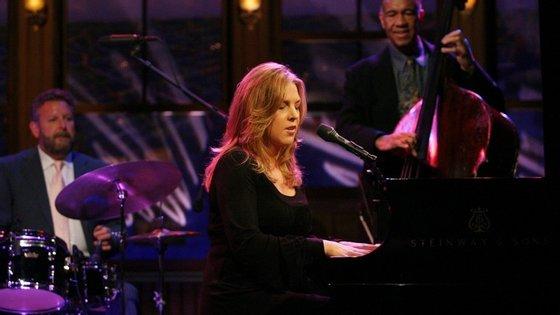 A canadiana é uma das mais influentes cantoras de jazz da atualidade
