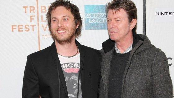 Duncan Jones e David Bowie juntos em 2009