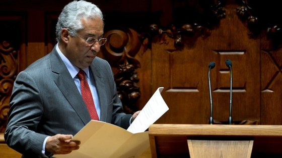 António Costa diz que draft do Orçamento está quase fechado com PCP e BE