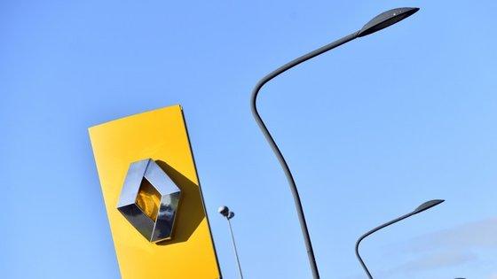 O modelo Captur do fabricante francês apresentou emissões de dióxido de carbono e óxido de azoto superiores ao limite estipulado pela norma Euro 6, imposta pela Comissão Europeia