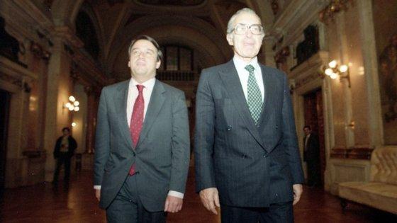 António Guterres e Almeida Santos, em 1993, quando eram deputados