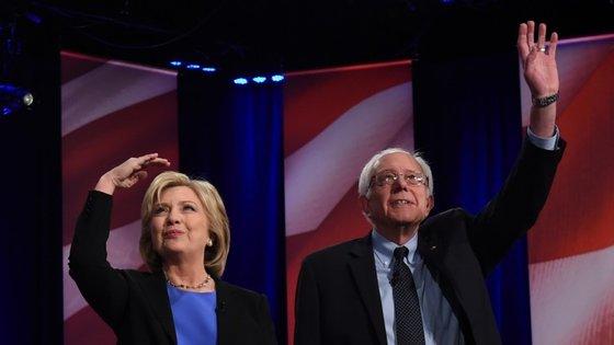 Em 2008, Hillary Clinton perdeu as eleições primárias para Barack Obama. Agora, a semanas do início do sufrágio, as sondagens já a colocam atrás de Bernie Sanders em alguns estados