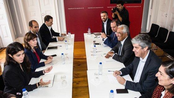 """O """"exame comum"""" dos Orçamentos do Estado ficou estabelecido nos acordos de governação assinados entre BE, PCP, Verdes e PS"""