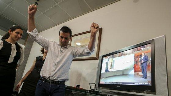 Tino de Rans festeja os resultados eleitorais deste domingo, 24 de janeiro.