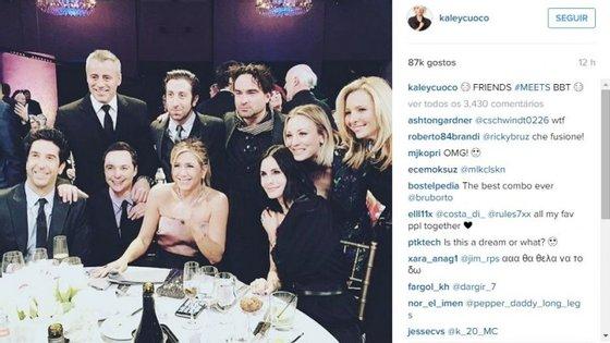"""""""Bazinga"""", poderia ter dito Sheldon Cooper (Jim Parsons), após uma qualquer piada dita ao jantar"""