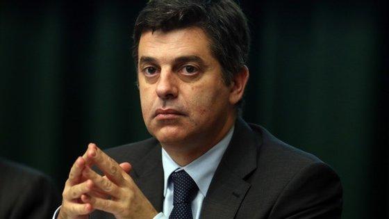 Fonte do Ministério da Economia, liderado por Manuel Caldeira Cabral, diz que os concursos não estão na agenda do executivo