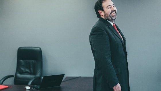 António Galamba tem sido um crítico de Costa e agora junta acusações à polémica em volta do negociador escolhido pelo PM