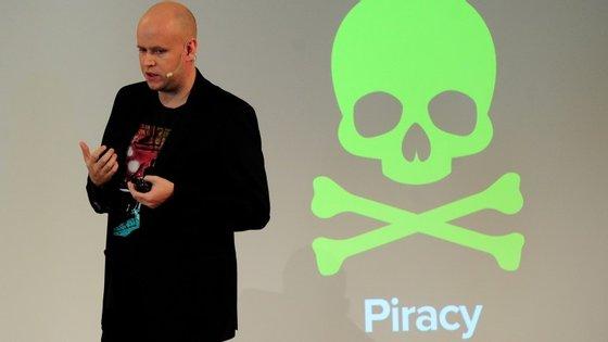 Daniel Ek, fundador e administrador executivo do Spotify. O streaming é tido como um aliado importante da indústria musical no combate à distribuição e partilha ilegal de conteúdos
