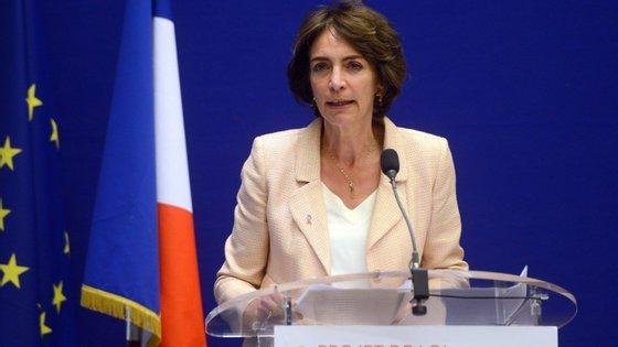 """A ministra da Saúde francesa, Marisol Touraine, afirmou que """"este teste foi realizado num estabelecimento privado especializado em ensaios clínicos"""""""