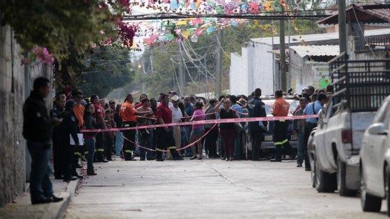 Vizinhos de Gisela Mota juntaram-se, a 2 de janeiro, nas proximidades da residência da autarca assassinada