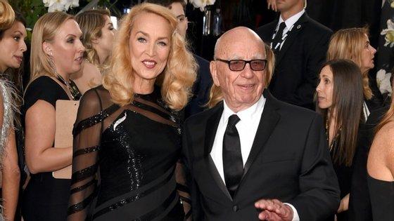 A ex-modelo e o magnata na 73º edição dos Globos de Ouro