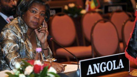 Rosa Cruz e Silva, ministra da Cultura de Angola, afirma que o país tem todo o interesse em ratificar o acordo ortográfico