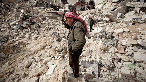 A guerra-civil na Síria dura há cinco anos
