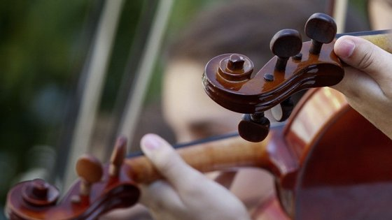 Comissão Europeia anuncia a criação de um projeto-piloto para o financiamento da Orquestra de Jovens da União Europeia