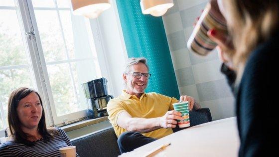 A maioria dos suecos têm estas pausas várias vezes ao dia. A tendência chama-se fika e já chegou a vários países