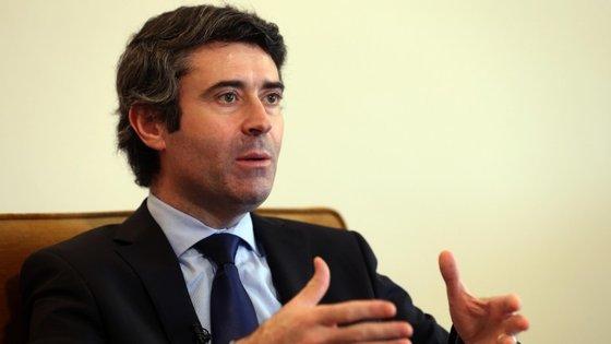 José Luís Carneiro, secretário de Estado das Comunidades Portuguesas.