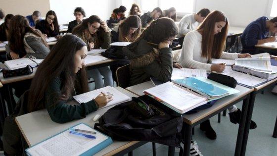 Portugal participou, pela primeira vez, no TIMSS Advanced, que olha para os conhecimentos dos alunos do 12.º a matemática e física