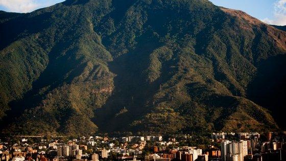 Caracas, a capital da Venezuela, consta da lista das 50 cidades mais violentas do mundi