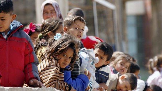 No ano passado, entraram na Alemanha mais de oito mil menores