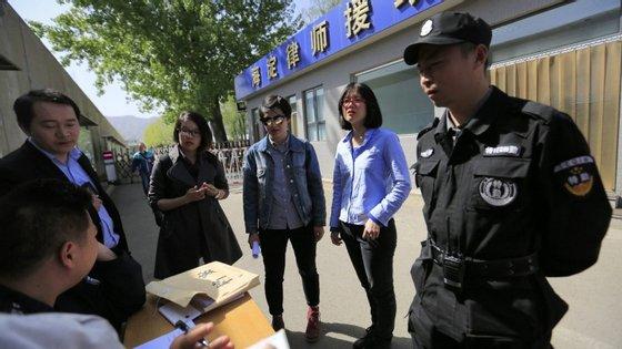 Pu Zhiqiang, que foi advogado de vítimas de condenação a trabalhos forçados, foi detido em meados de 2013