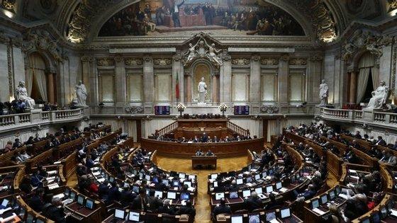 Debate quinzenal decorrerá durante a manhã na Assembleia da República
