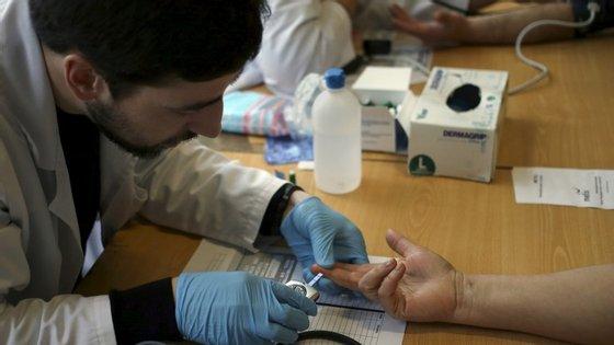 Cerca de 42% dos portugueses deve sofrer de hipertensão
