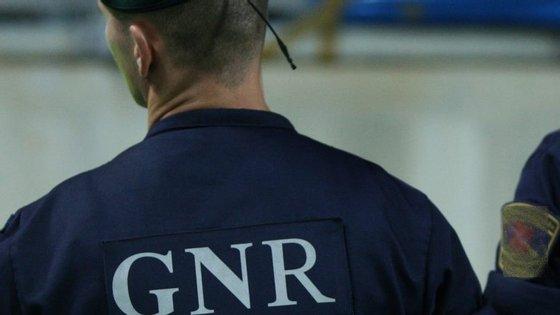 O militar da GNR foi transportado para o Centro Hospitalar da Cova da Beira, na Covilhã, por precaução
