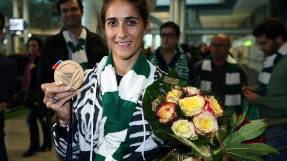 Sara Moreira cumpriu os cinco quilómetros do percurso, em estrada, no tempo de 15.37,1 horas