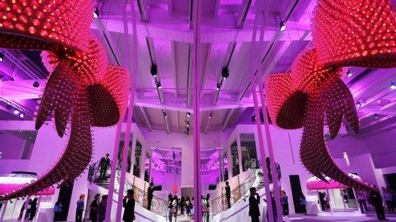 A primeira edição da ARCOLisboa - Feira Internacional de Arte Contemporânea tem início esta quarta-feira e decorre na Cordoaria Nacional até domingo