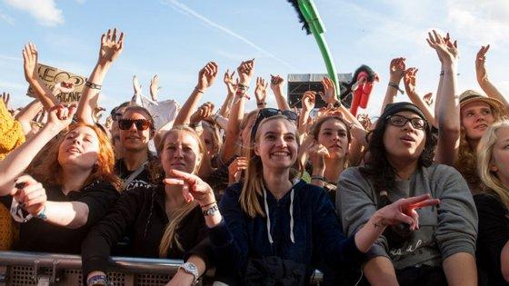 As queixas aconteceram depois do festival de Schlossgrabenest, em Darmstadt, que aconteceu entre 26 e 29 de maio