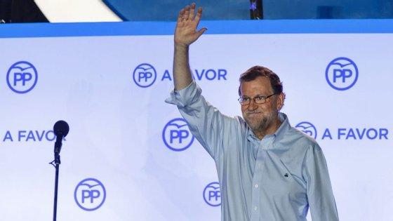 O PP, de Mariano Rajoy, ganhou as eleições 33% dos votos, mas não conseguiu maioria absoluta
