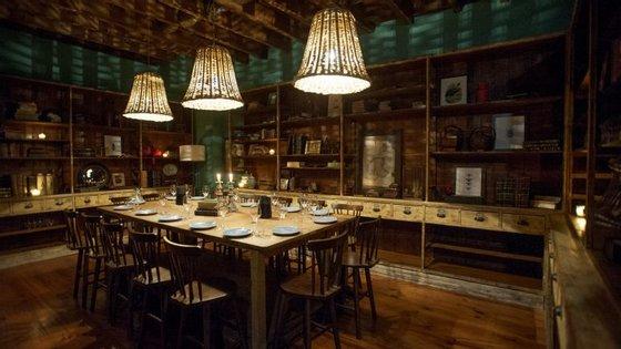 No Puro 4050, no Porto, esta mesa vai ser muito concorrida para jantares de Natal que privilegiem a privacidade