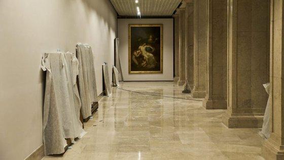 Iniciada em janeiro, a renovação do terceiro piso era há muito desejada pela direção do MNAA, que acolhe o mais importante acervo de pintura e escultura portuguesa do país deste período
