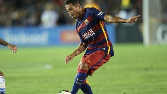 Adriano Correia é lateral do Barcelona