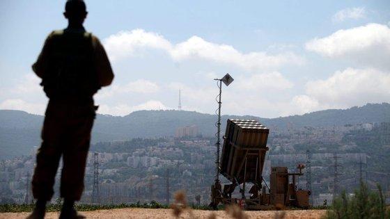 Em 1967, na guerra dos seis dias, Israel conquistou 1.200 quilómetros quadrados dos montes Golan à Síria