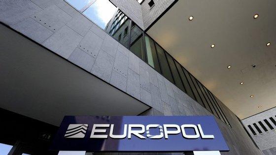 """""""Ataques semelhantes podem voltar a ser encenados na UE num futuro próximo"""", refere o documento do serviço europeu de polícia"""