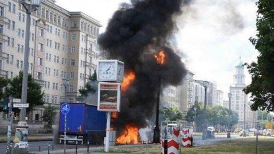 Uma fotografia da explosão em Berlim