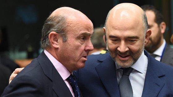 Luis de Guindos, ministro da Economia espanhol, irá negociar o alargamento com o comissário Pierre Moscovici
