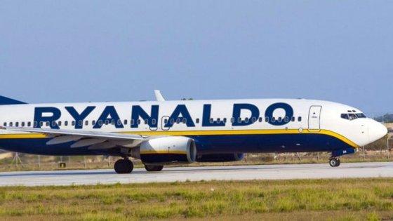 A imagem foi divulgada pela Ryanair na sua conta do Twitter.
