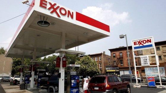 Rex Tillerson, presidente executivo da Exxon terá discutido o negócio com o presidente Filipe Nyusi