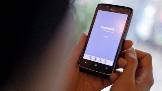 """PJ tem detetado criminosos que copiam perfis de Facebook e pedem dinheiro aos """"amigos"""" mais próximos"""