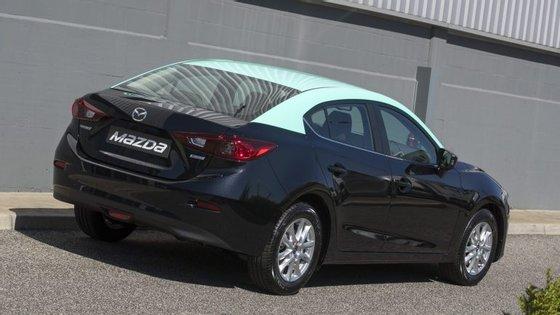 O Mazda3 destinado ao mercado dos táxis custa 20.315€, preço chave na mão