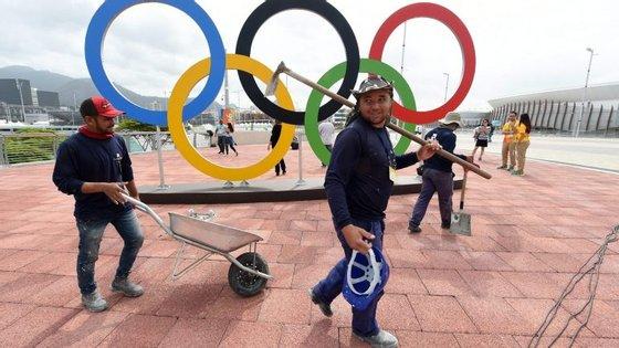 Segundo a AFP, 117 desportistas russos estão excluídos dos Jogos, ou seja, cerca de um terço na delegação inicialmente prevista