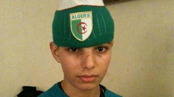O terrorista Adel Kermiche -- que tinha agora 19 anos -- numa imagem de 2011