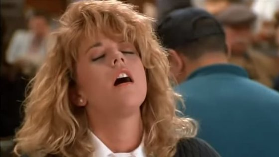 Uma das cenas mais famosas do cinema mundial mostra Meg Ryan a provar que os homens não conseguem distinguir um orgasmo verdadeiro de um fingido